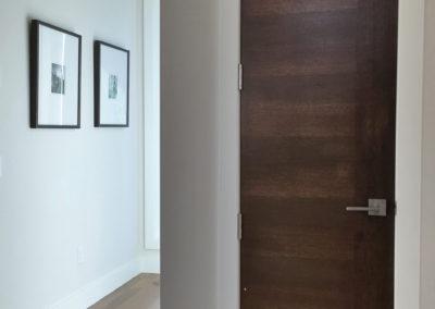 15. O hallway