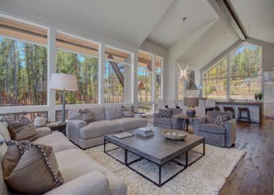 5. E livingroom